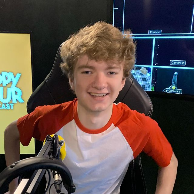 YouTuber Tommyinnit biography, contact details, house address, phone number and career